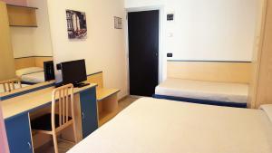 Hotel Trocadero, Szállodák  Riccione - big - 63