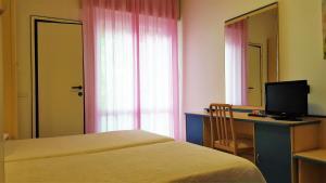 Hotel Trocadero, Отели  Риччоне - big - 66