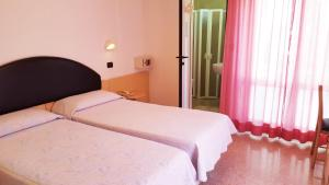 Hotel Trocadero, Szállodák  Riccione - big - 37