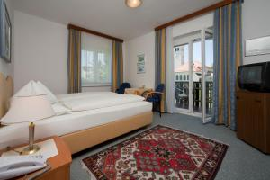 Kirchenwirt, Hotel  Velden am Wörthersee - big - 10