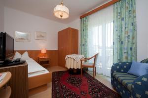 Kirchenwirt, Hotel  Velden am Wörthersee - big - 5