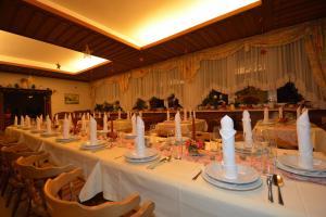 Kirchenwirt, Hotel  Velden am Wörthersee - big - 34