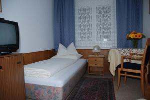 Kirchenwirt, Hotel  Velden am Wörthersee - big - 4