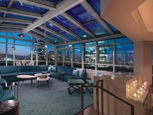 Atrium Suite