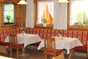 Hotel Sonne, Szállodák  Niederau - big - 49