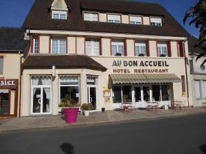 Au Bon Accueil, Hotel  Juvigny-sous-Andaine - big - 1