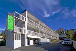 Farrys Motel Apartments