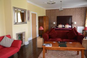 The Old School, Bed and breakfasts  New Cumnock - big - 33