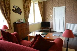 The Old School, Bed and breakfasts  New Cumnock - big - 30