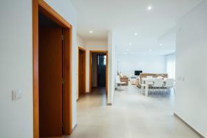 Muralha - Holiday Beach Apartments, Apartmány  Nazaré - big - 18