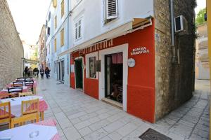 Tequila Bar Hostel, Hostely  Zadar - big - 85