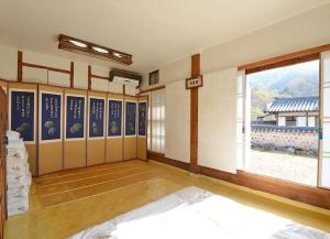 Suaedang Hanok Stay, Affittacamere  Andong - big - 2