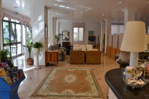 Hotel Tonti, Hotels  Misano Adriatico - big - 30