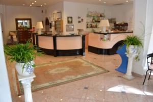 Hotel Tonti, Hotels  Misano Adriatico - big - 32