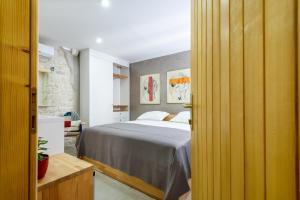 Villa Kudelik - Stone Story, Bed and breakfasts  Trogir - big - 28