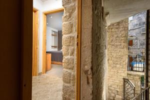 Villa Kudelik - Stone Story, Bed and breakfasts  Trogir - big - 29