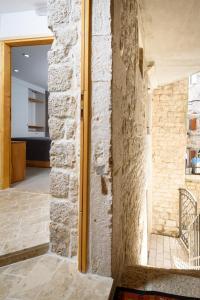 Villa Kudelik - Stone Story, Bed and breakfasts  Trogir - big - 30