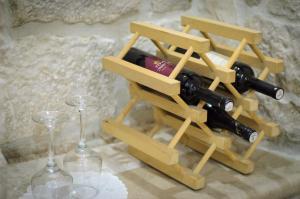 Villa Kudelik - Stone Story, Bed and breakfasts  Trogir - big - 35