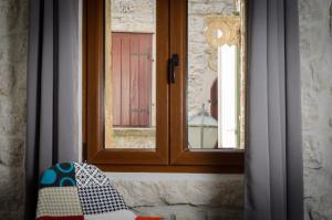 Villa Kudelik - Stone Story, Bed and breakfasts  Trogir - big - 43