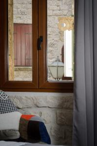 Villa Kudelik - Stone Story, Bed and breakfasts  Trogir - big - 44