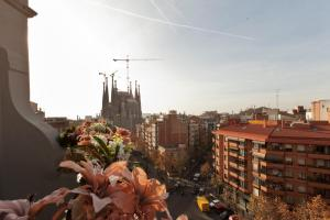 Suite Home Sagrada Familia, Apartmanok  Barcelona - big - 35