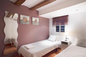 Two-Bedroom Apartment Plaça Catalunya