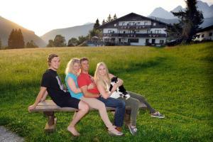 Kraftplatz am Dachstein - Bio Hotel Herold, Hotely  Ramsau am Dachstein - big - 1