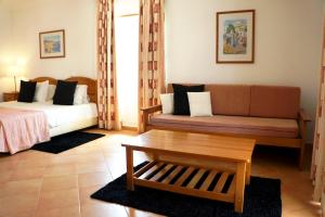 Oasis Beach Apartments, Aparthotels  Luz - big - 20