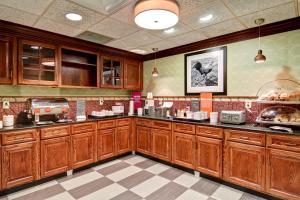 Hampton Inn & Suites Leesburg, Hotels  Leesburg - big - 21