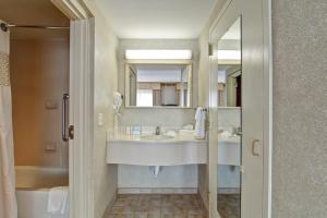 Hampton Inn & Suites Leesburg, Hotels  Leesburg - big - 18