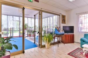 Hotel Majorca, Hotely  Cesenatico - big - 32