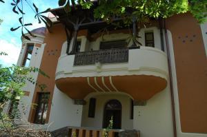 Annie Villa, Apartments  Siófok - big - 30