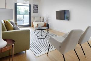 Amani Terrace Apartment by FeelFree Rentals, Apartmány  San Sebastián - big - 8