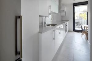 Amani Terrace Apartment by FeelFree Rentals, Apartmány  San Sebastián - big - 5