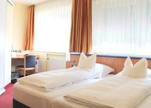 Hotel Ostmeier, Hotely  Bochum - big - 5