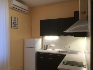 Arkhitektorska Apartment, Appartamenti  Odessa - big - 19