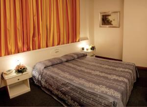 Hotel Santa Maura - AbcRoma.com