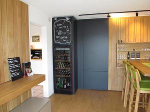 Weingut Dietl, Apartmány  Riegersburg - big - 96
