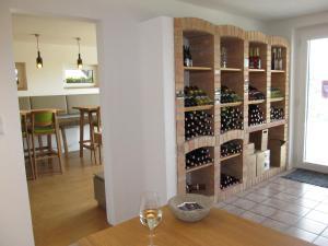 Weingut Dietl, Appartamenti  Riegersburg - big - 88