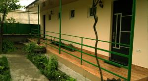 Guest House Villa, Гостевые дома  Кварели - big - 2