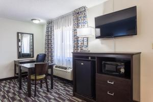 Quality Inn Farmington, Hotel  Farmington - big - 18