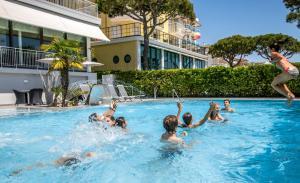 Hotel Sayonara, Hotely  Lido di Jesolo - big - 53