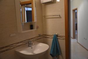 Iris Apartments, Ferienwohnungen  St. St. Constantine and Helena - big - 3