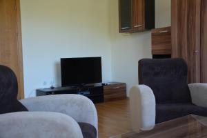 Iris Apartments, Ferienwohnungen  St. St. Constantine and Helena - big - 14