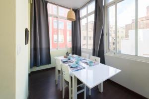 Superior Five-Bedroom Apartment - Córsega 335
