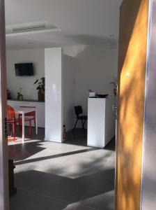La Veranda Sul Giardino, Отели типа «постель и завтрак»  Коринальдо - big - 25