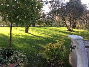 La Veranda Sul Giardino, Отели типа «постель и завтрак»  Коринальдо - big - 26