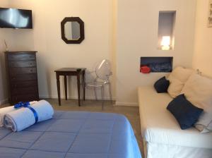 La Veranda Sul Giardino, Отели типа «постель и завтрак»  Коринальдо - big - 8