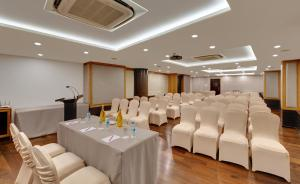 The Fern Residency, MIDC, Pune, Hotel  Pune - big - 24