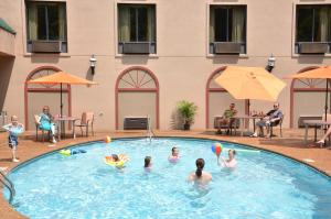 Country Cascades Waterpark Resort, Hotely  Pigeon Forge - big - 39